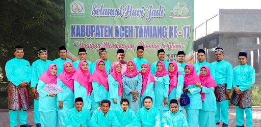 Foto Bersama Usai Upacara HUT ke-17 Kabupaten Aceh Tamiang